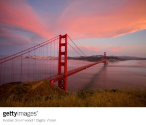 """La rete """"antisuicidio"""" al Golden Gate Bridge di SanFrancisco"""